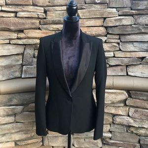 NWOT Women's ZARA BASIC Sz Medium Black Blazer